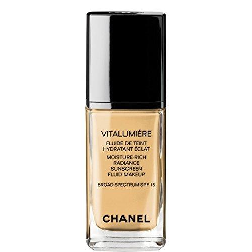 Vitalumiere Moisture Rich Radiance Sunscreen Fluid Makeup
