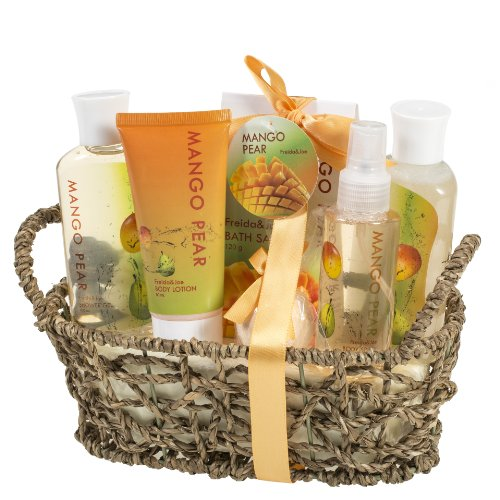 Aromatic Mango-Pear Home Spa Experience: Women's Gift Set