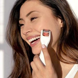 BeautyBio GloPRO Microneedling Tool and Face MicroTip