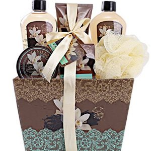 "Spa Basket for Women w/Refreshing ""Seductive Vanilla"" Fragrance by Draizee"