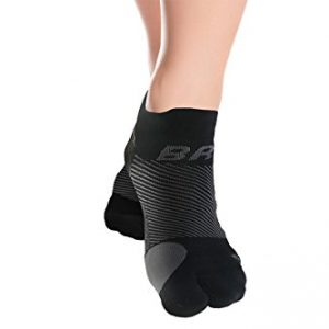 OrthoSleeve BR4 Bunion Relief Socks (1 Pair,Black,Large) Split-Toe Design Separates Toes, relieves Bunion Pain and a targeted Bunion pad Reduces Toe Friction and relieves Hallux valgus Pain
