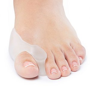 NatraCure Gel Big Toe Bunion Guards & Toe Spreaders (2 Pieces) - Pain Relief for Crooked, Overlapping Toes, Pressure, Protector, Corrector, Shield, Spacer, Pad, Separator, Cushion - 1315-M CAT 2PK