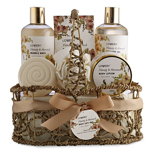 Mothers Day Home Spa Gift Basket - Honey & Almond Scent - Luxury Bath & Body Set For Women and Men - Contains Shower Gel, Bubble Bath, Body Lotion, Bath Salt, Bath Bomb, Puff & Handmade Weaved Basket
