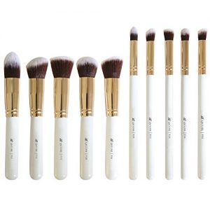 Lagure Premium Kabuki Makeup Brush Set - The Perfect Makeup Brushes for Your Eyeshadow, Contour Kit, Blush, Foundation, Concealer, Face Powder - Includes Cosmetic Brush Guide